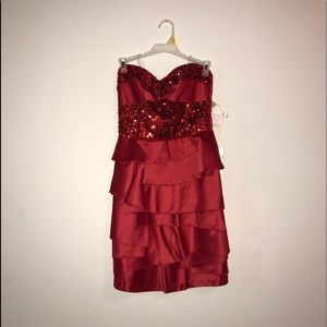 Strapless Sparky red homecoming dress